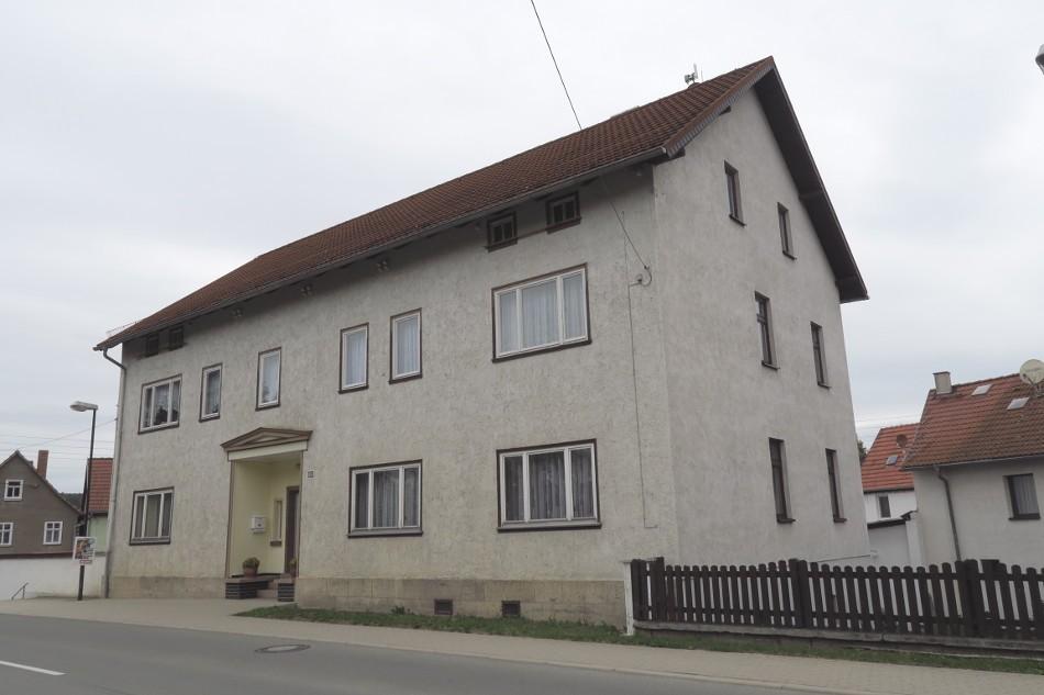 Großes Wohnhaus mit vielen Nutzungsmöglichkeiten in Dienstedt