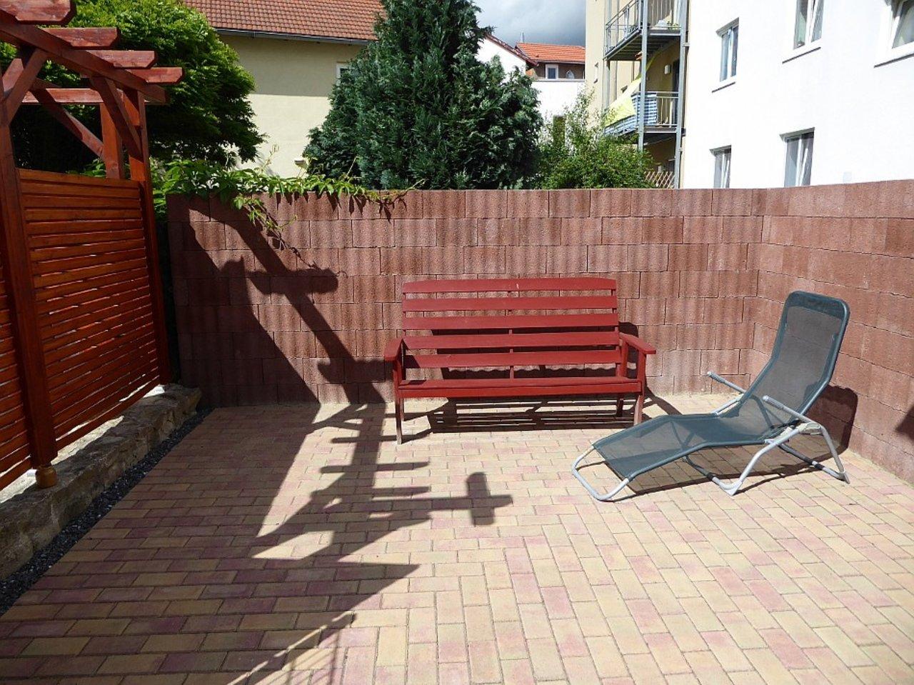 Gemütliche 1-Zimmerwohnung mit Freisitz im Herzen von Arnstadt-Freisitz