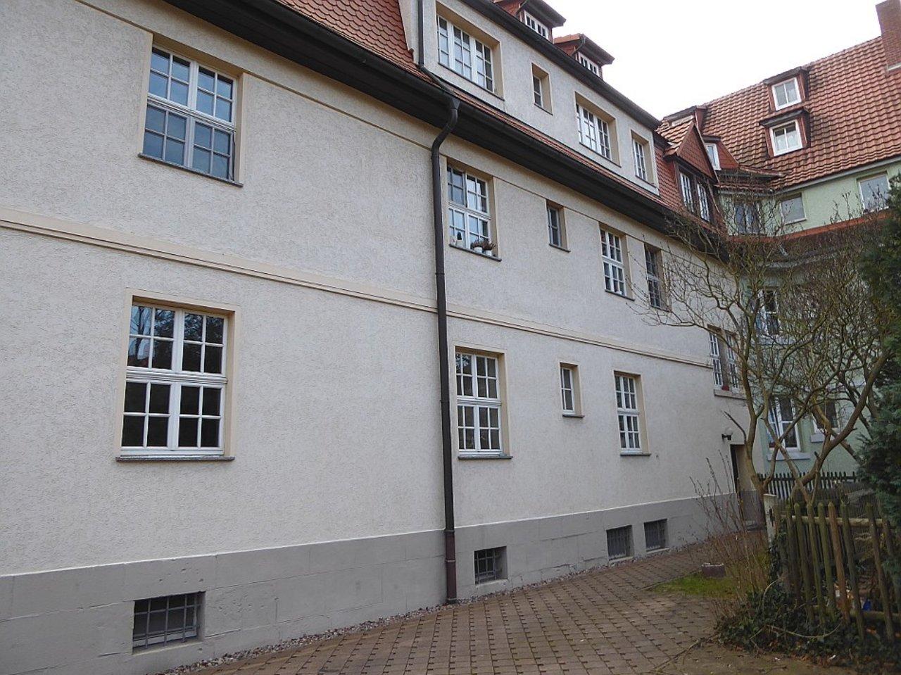 Praktische, moderne 3-Zimmerwohnung nahe dem Stadtzentrum-Haus -Rückseite