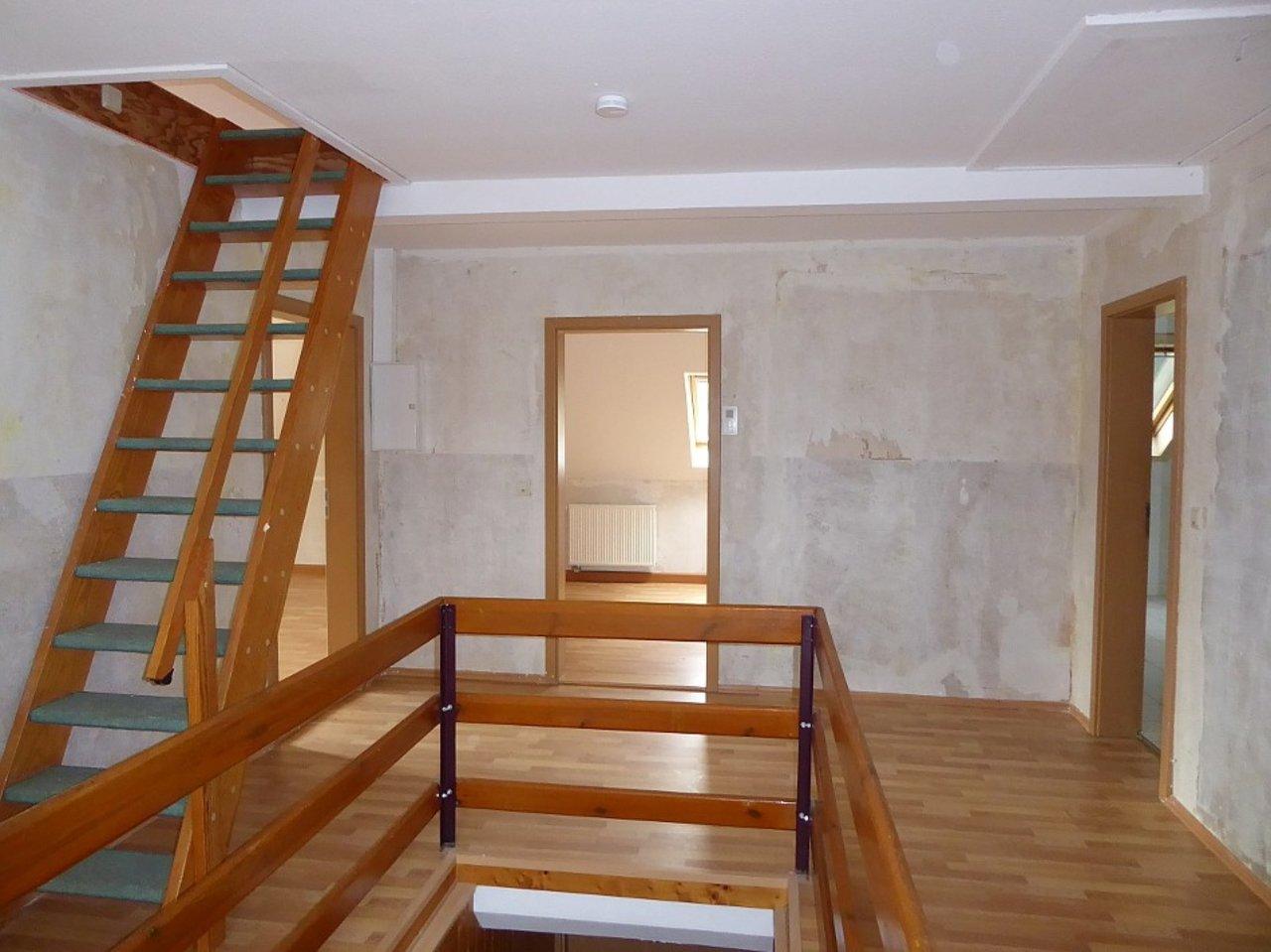 Individuelle 3-Zimmer-DG-Wohnung mit ausgebautem Dachspitz in Arnstadt-Diele