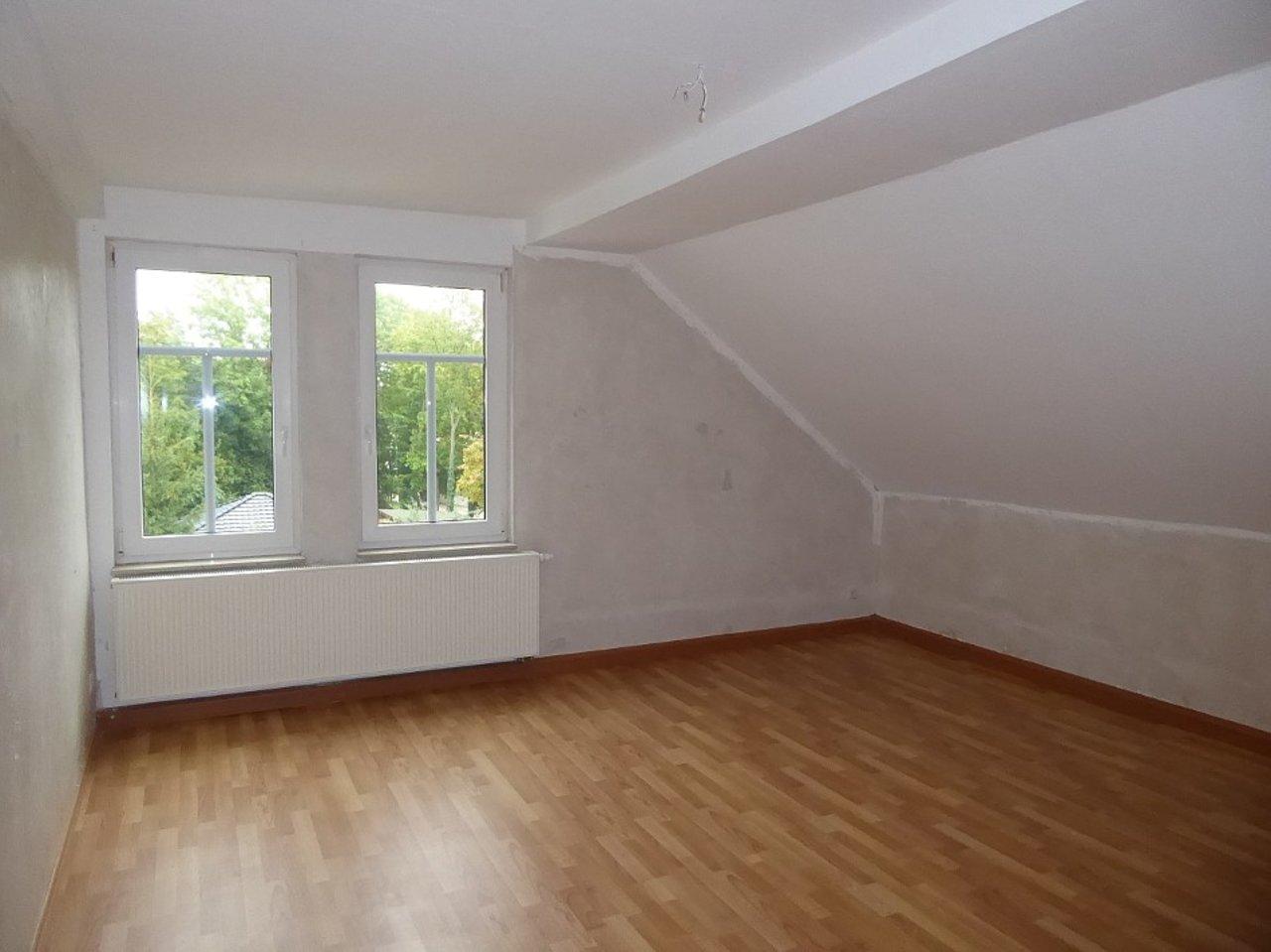 Individuelle 3-Zimmer-DG-Wohnung mit ausgebautem Dachspitz in Arnstadt-Schlafen