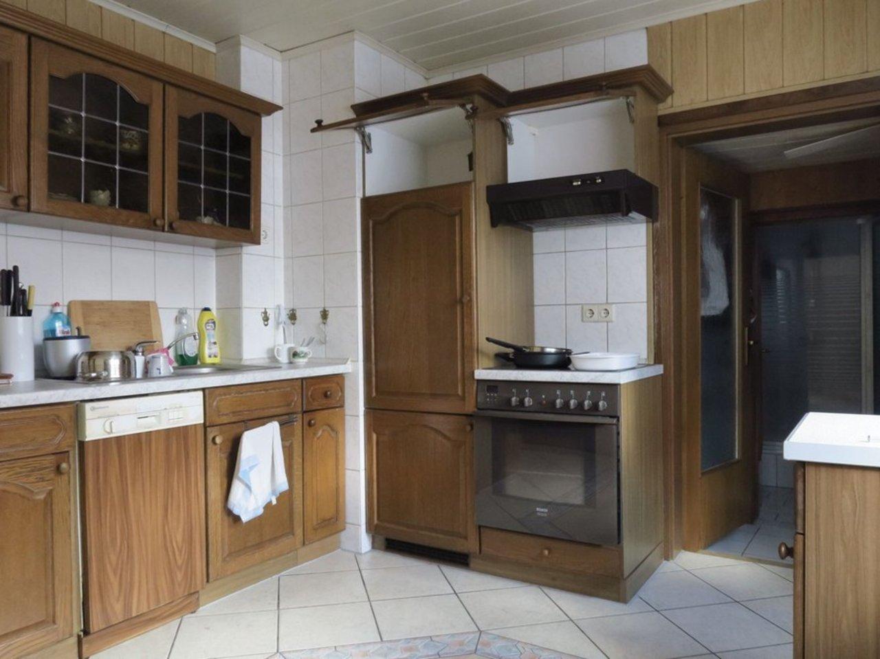 Ganz viel Wohnen für kleines Geld!-ZFH - Küche EG