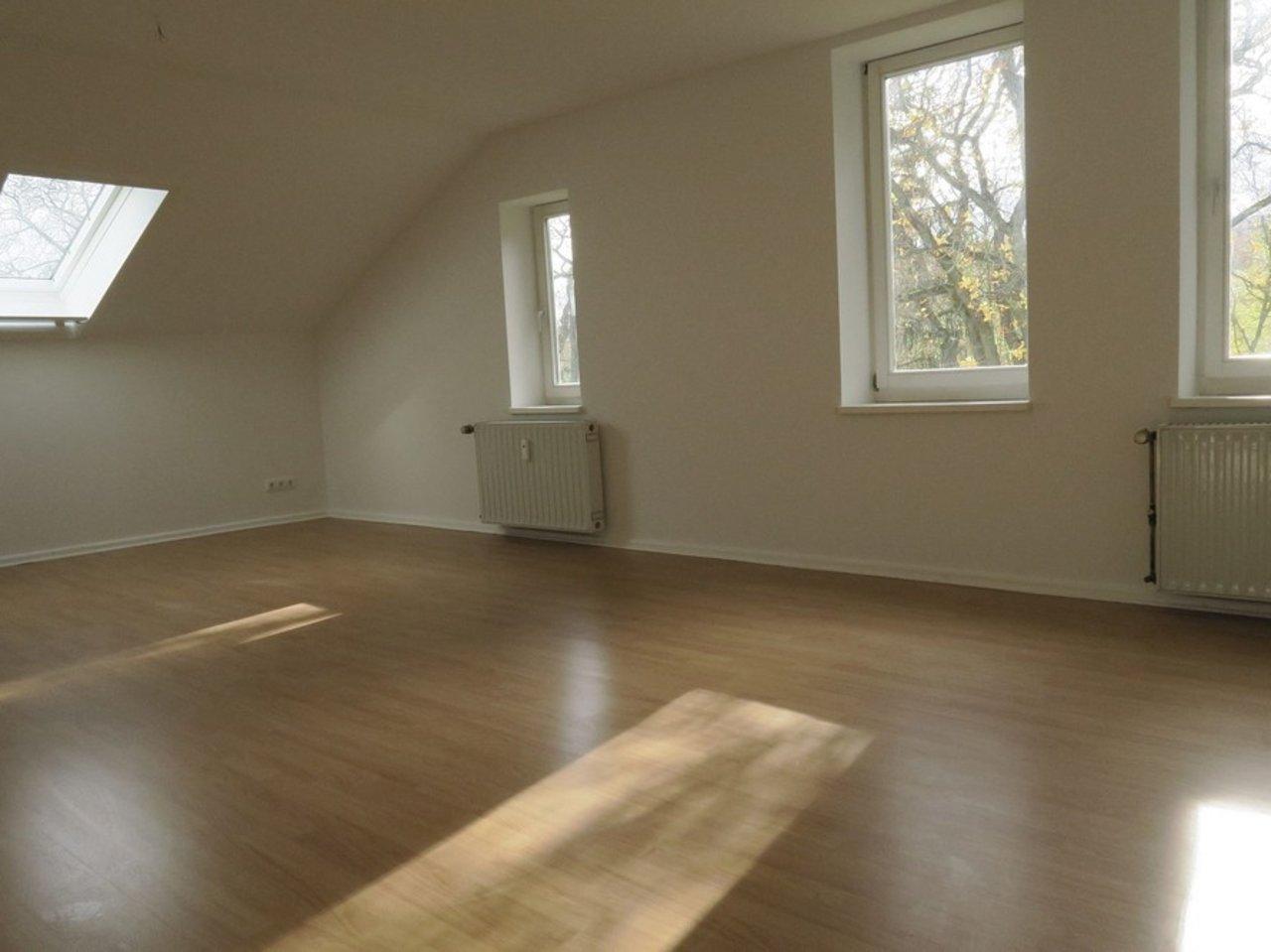 Sonnige, familienfreundliche Wohnung am südlichen Stadtrand von Arnstadt-Wohnen