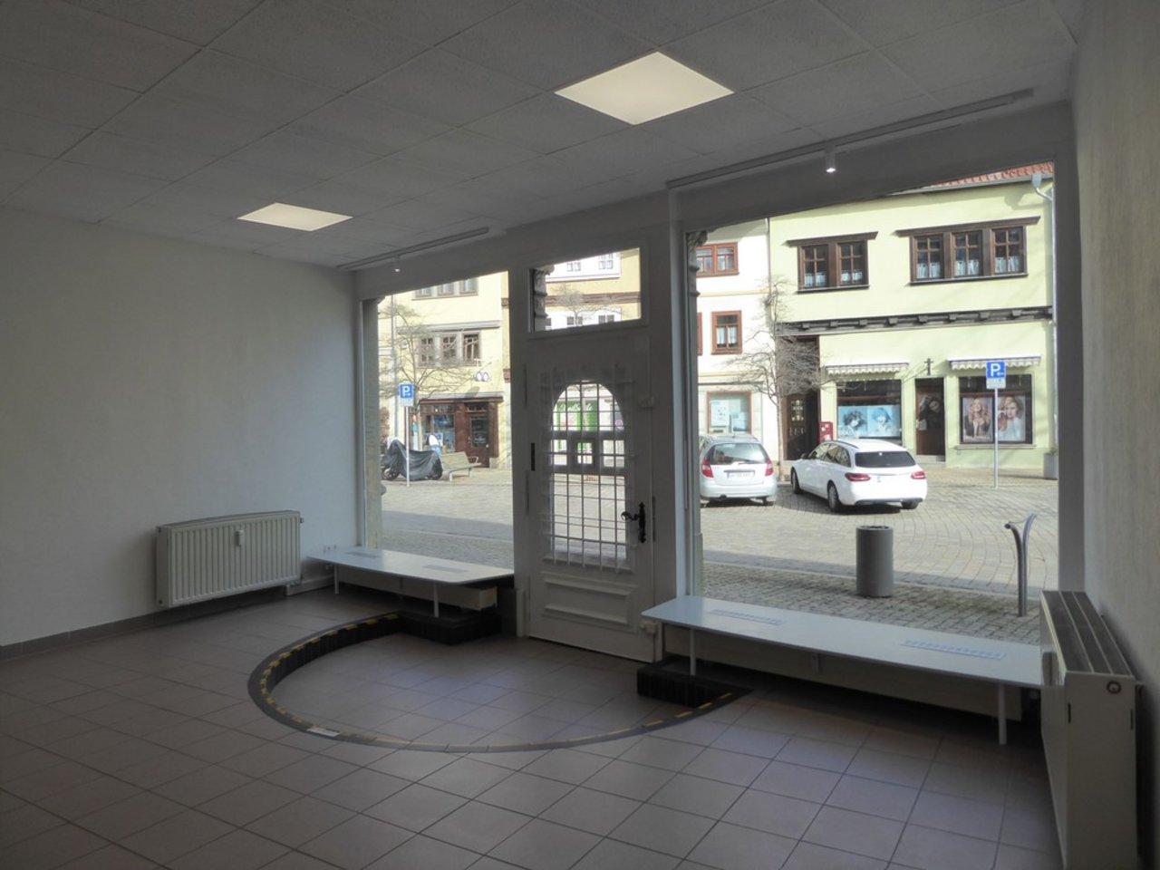 Attraktives, modernes Ladenlokal im Herzen von Arnstadt-Eingang