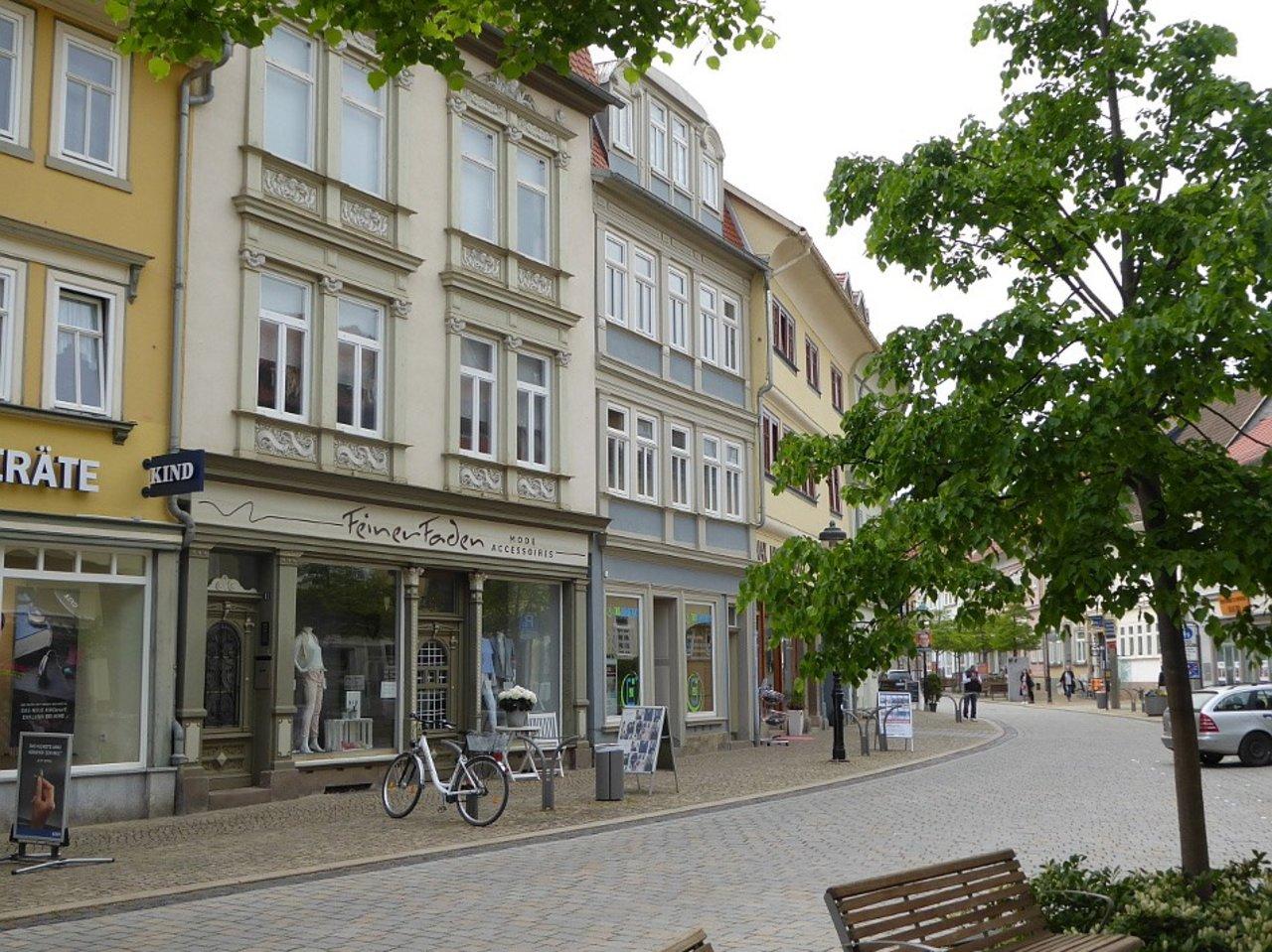Attraktives, modernes Ladenlokal im Herzen von Arnstadt-Hausansicht