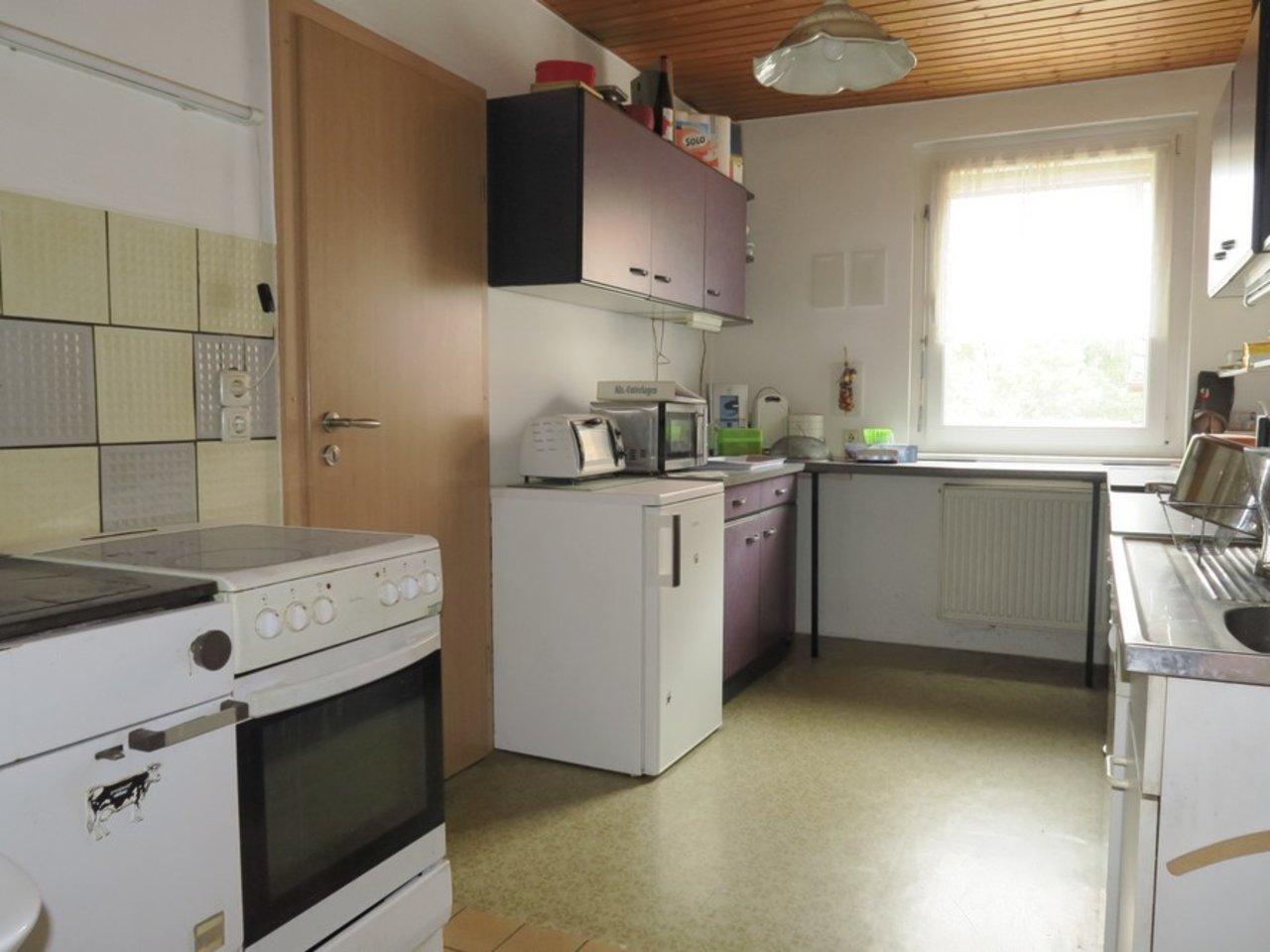 Freistehendes, modernisierungsbedürftiges EFH in Wülfershausen-Küche