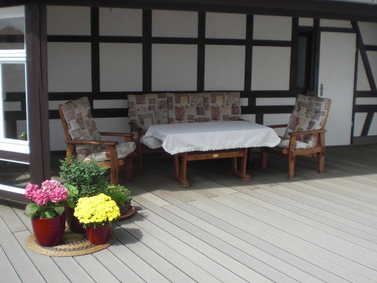 Großzügige, gepflegte Wohnung mit sonniger Terrasse in Witzleben-Terrasse