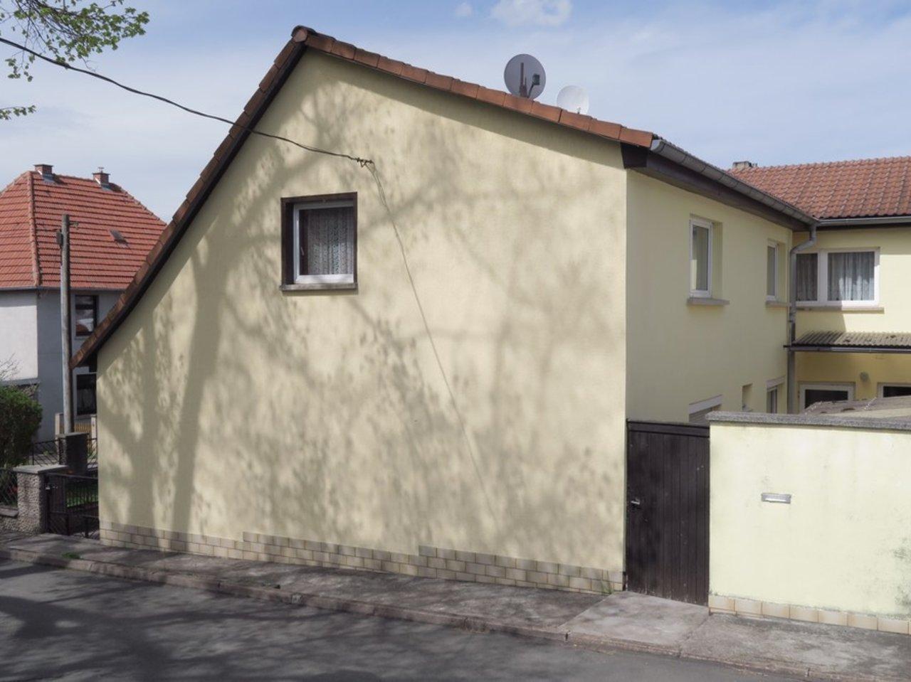 Modernisierungsbedürftiges EFH in beliebter Lage von Arnstadt-Ansicht Giebelseite