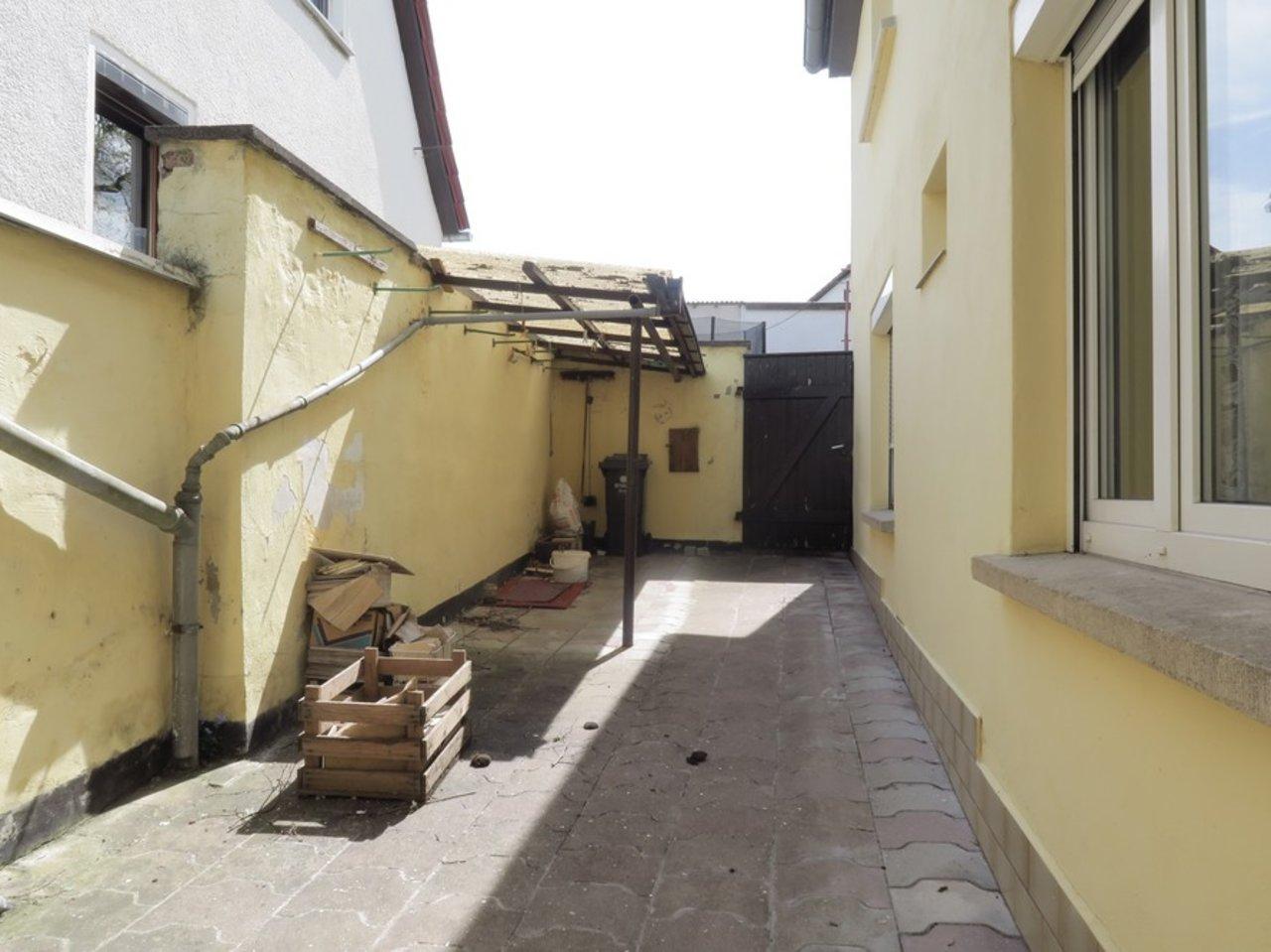 Modernisierungsbedürftiges EFH in beliebter Lage von Arnstadt-Innenhof