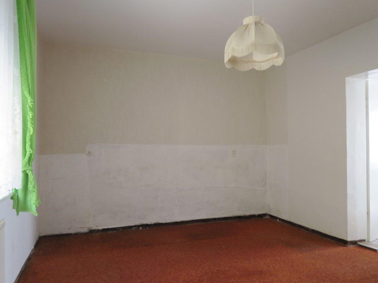 Modernisierungsbedürftiges EFH in beliebter Lage von Arnstadt-Weiteres Zimmer im EG